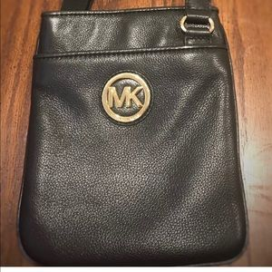MICHAEL KORS Fulton Black Leather Crossbody Bag